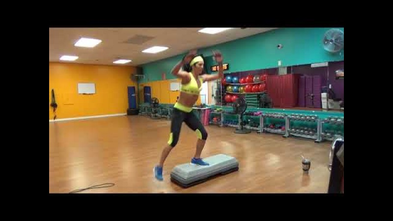 30 MINUTE Treadmill HIIT with step and jumprope intervals core