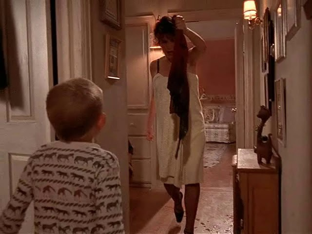 Red Dress Episode Mistake - Malcolm In The Middle