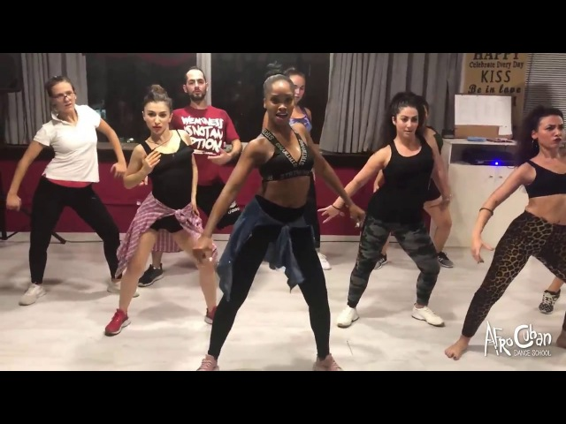 Eneris Mulgado Reggaeton @ Afrocuban Dance School