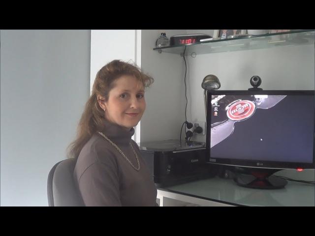 Mum Tries Out SkyOS Build 6947 (2008)