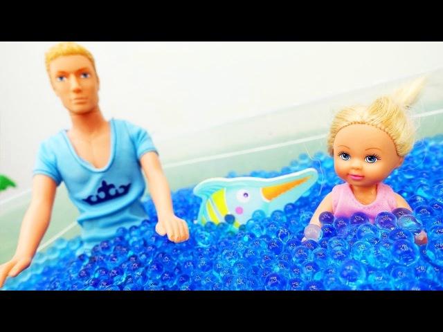 Barbie and Ken go fishing 🐟 BARBIE ORBEEZ POOL! 🏊 Barbie fun toys Barbie dolls videos