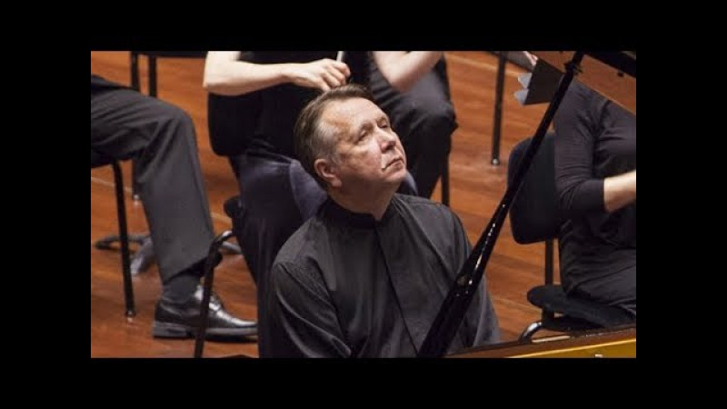Mikhail Pletnev plays Saint-Saëns - Piano Concerto No. 2 (live in Montreux, 2017)