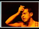 Одновременно полная видеоверсия спектакля Гришковца 2004 год