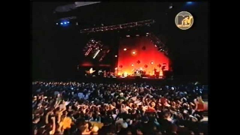 R.E.M. - The Lifting (Live 2001 Köln)
