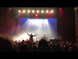 Maiden uniteD - Damian's stage dive! Infinite Dreams - Carr
