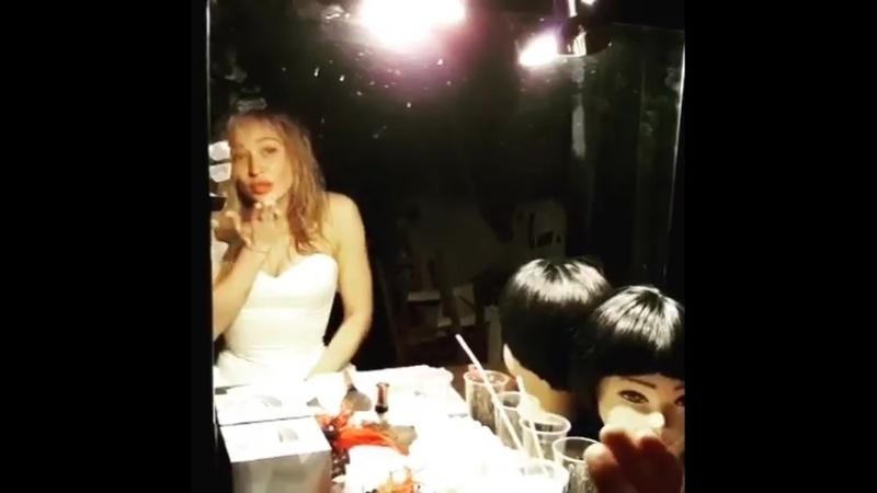 @marikuha золотая ручка я тебя обожаю 😘🎶 дамаскамелиями 🌸 белокаменнаямоя чебуречки и помни свет мой из этой матрицы есть