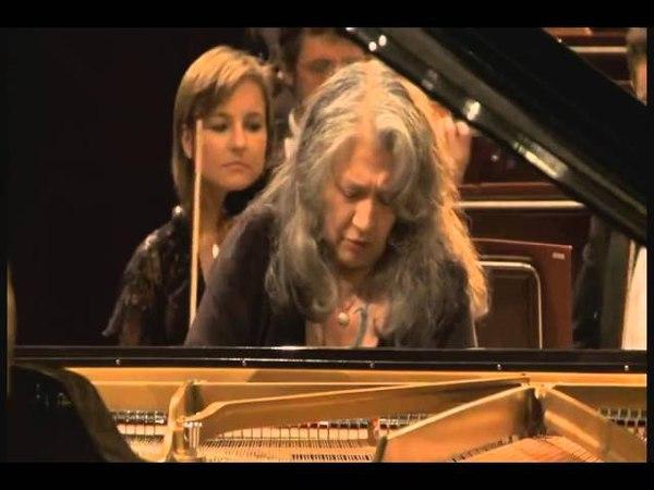 Martha Argerich - Chopin: Piano Concerto No. 1 in E minor, Op. 11