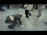 Грузины танцуют )