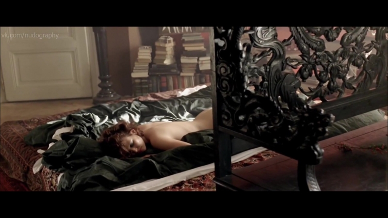 Юлиана Йоханидешова (Juliana Johanidesová) голая - 3 сезона в аду (3 sezóny v pekle, 3 Seasons in Hell, 2009) 1080p