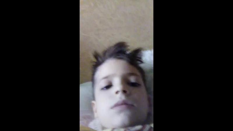 я проснулся и я буду щяс играть на пк мой скайп Мампэа Я Админ фотка черная