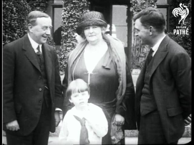 Labour Lady MP 1923 British Pathé