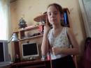 Дочка Алина разучивает танец Тучку бедную просили! .