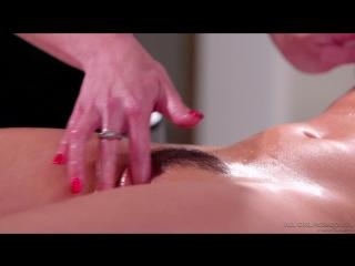 Alina Lopez, Tiffany Watson - She Isn't a Masseuse! [Tattoo, Lesbians, Fingering, Natural Tits, Massage, 2018, 1080p]