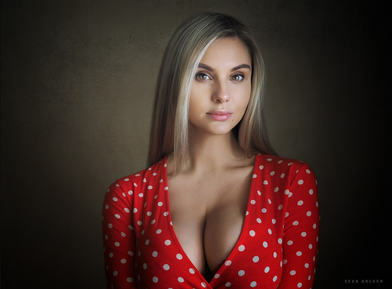 Danielle mayes porn sophia knight lola