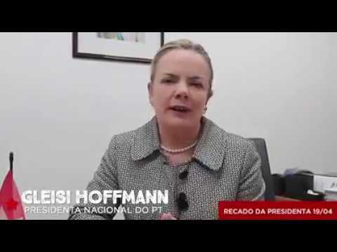 Gleisi Hoffmann afirma: Enquanto Lula não for liberado, estaremos nas ruas.