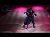 "Fausto Carpino y Stephanie Fesneau bailan un tango vals ""Pobre Flor"" de Alfredo de Angelis"