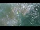 В Австралии спасатели вытащили двоих тонущих подростков из океана с помощью беспилотника.