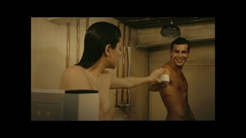 El Barco - Ainhoa y Ulises comparten ducha - ANTENA 3 TV