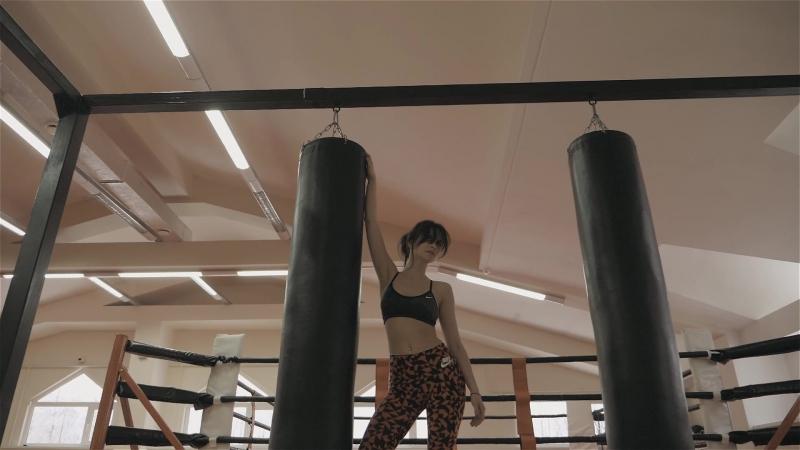 Альбина Комарова в Академии ММА Backstage