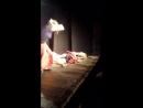 Sistr выступает в театре