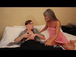 Мальчишка и зрелая женщина порно