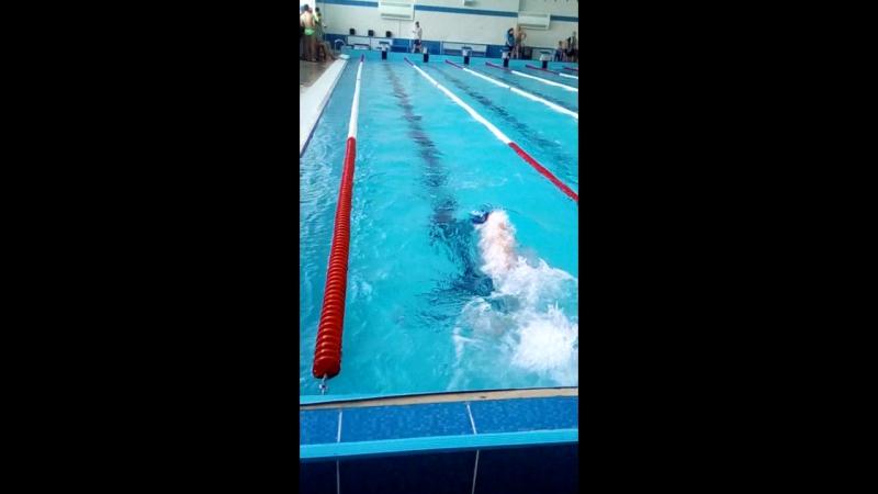 Личный рекорд прошлого года побит!! Сын плывет 50 м. вольным стилем за 32.22 секунды. Умнички, мы тобой гордимся