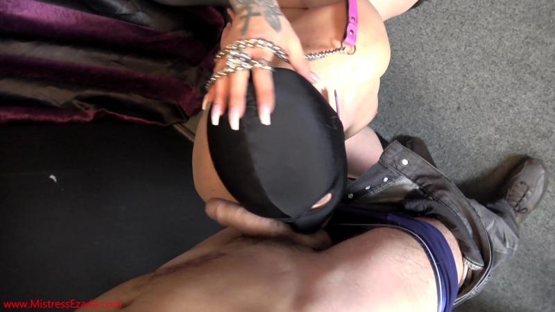 qi229-229-c4s mistresses ezada and kennya - cameraman blowjob sissy training