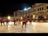 #Путин и #Шойгу сразились с легендами хоккея на Красной площади #АрмияРоссии