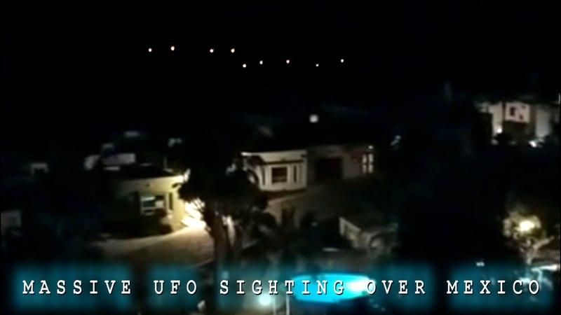MASSIVE UFO EVENT Several Unidentified Objects Seen Over Rosita, Mexico. 2 Videos.