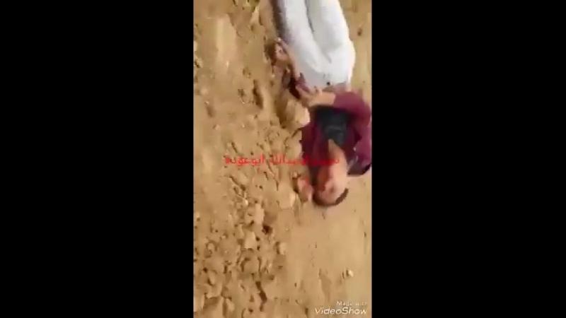 Video Le moment où un tireur d'élite terroriste sioniste a abattu l'enfant palestinien de 14 ans Mohammed Ibrahim Ayoub