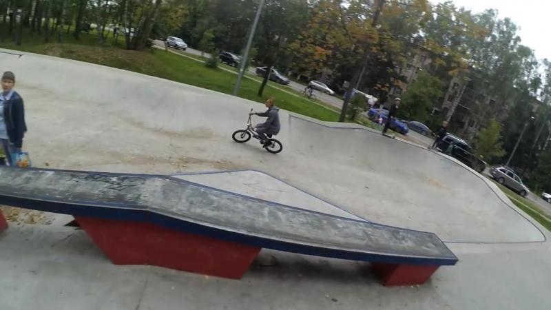 [PRO100] BMX сбил ребенка/front flip на вейвборде/разборки на скейт площадке