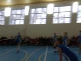 В нашей школе прошел турнир по волейболу, посвященный Дню матери. Участие принимали 6 команд. Команда наших девочек стала победи