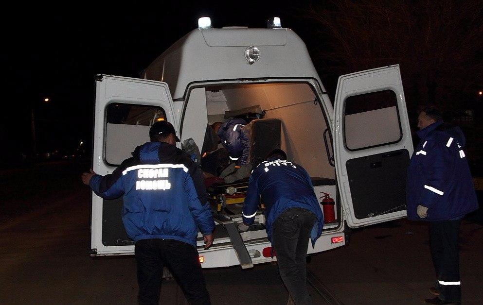 Под Таганрогом мотоциклист на «Урале» сбил двух девушек, одна погибла