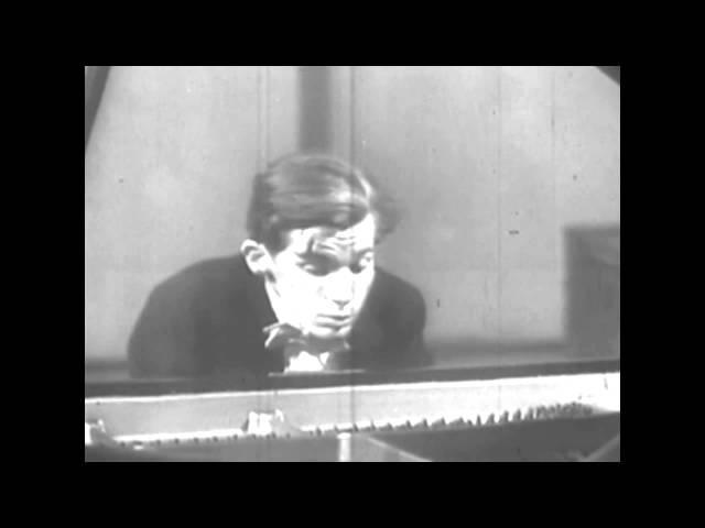 Glenn Gould - Beethoven, Concerto For Piano Orchestra No.1 in C-maj: I Allegro con brio (OFFICIAL)