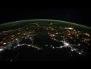 Удивительный вид на землю из космоса HD_HD.mp4