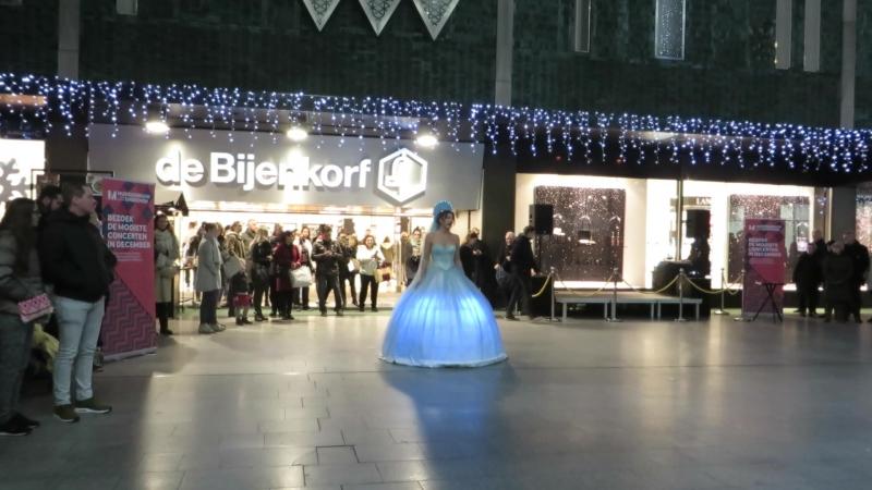 Светошоу в нашем городе - какая красота !Нидерланды