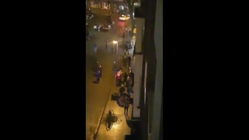 Großeinsatz der Polizei in Duisburg Hamborn (Altmarkt) Wir bitten Sie umgehend diesen Bereich zu meiden!