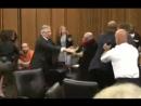 Отец убитой девочки хотел порвать маньяка в зале суда