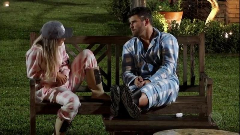Flávia e Ié Ié discutem a relação e atriz revela que tem ciúme de Monique