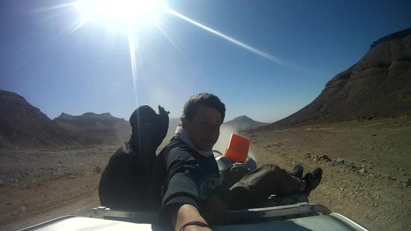 Поездка на крыше пикапа по Сахаре