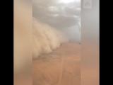 Песчаная буря надвигается на Кувейт