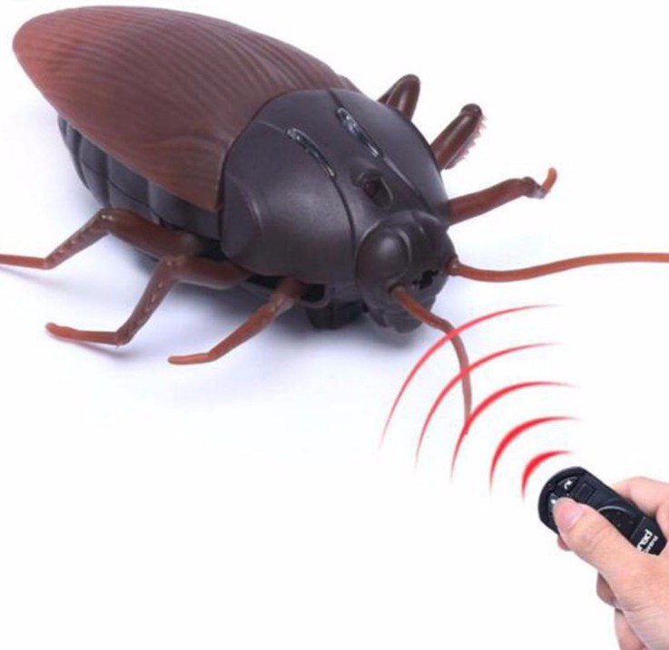 Мерзкие Твари на Радиоуправлении Скорпион Пауки Жуки Слизняки Таракос Очковая Кобра а прикиньте и Тортила с ними