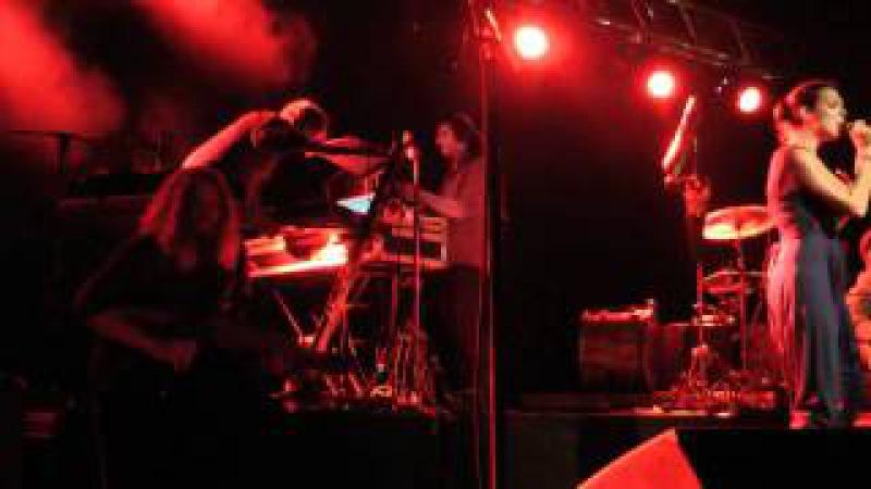 VALRAVN feat. Fuat Talay Cahit Ece - Farin uttan at værda vekk (2010)