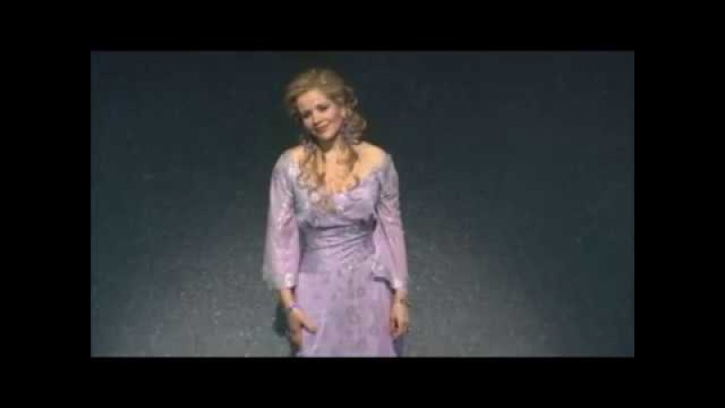 Renée Fleming sings Marietta's Lied LIVE (2009)