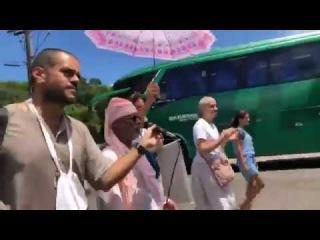 Нагара-санкиртана со Шрилой Гурудевом по улицам Бразилии - 13.01.2018