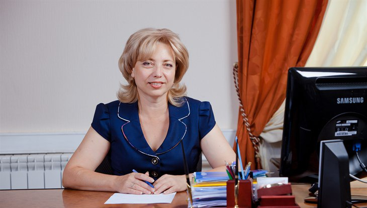 Лариса Школяр возглавила Томский областной суд