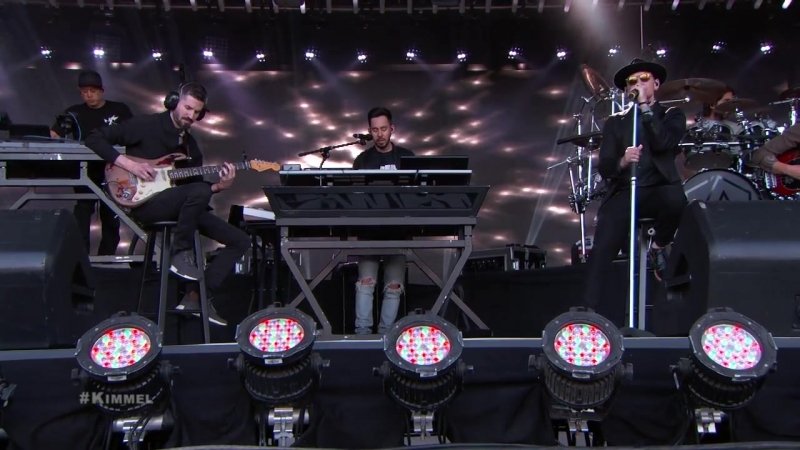 Linkin Park Performs One More Light