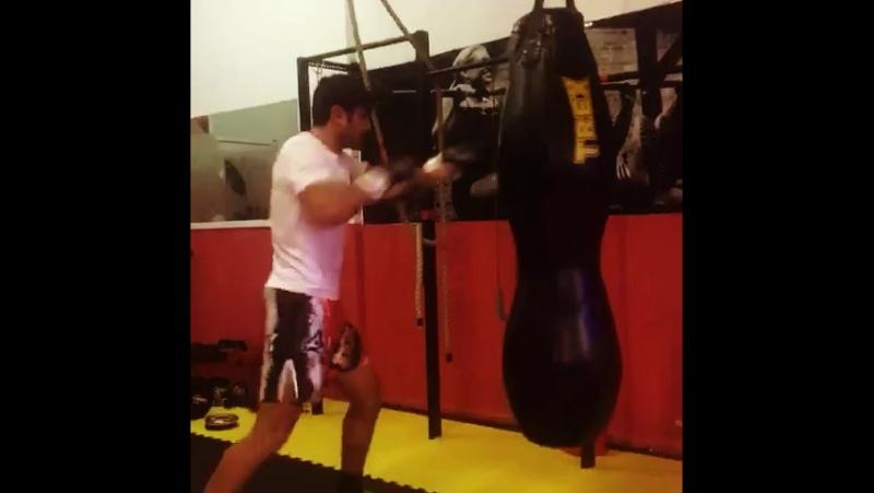 Elmar Mustafayev boks
