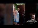 Соседи по коммуналке не пускают в свою комнату быдло (полное видео)