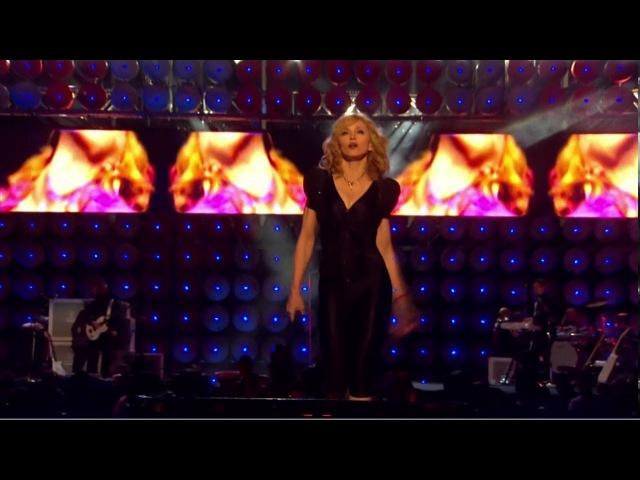 Madonna Hung Up Live London 2007